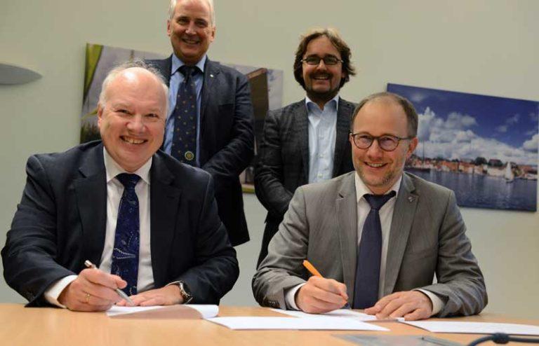Hochschule Flensburg: Notfallszenarien auf dem Trocknen – Kanalsteurer trainieren im Maritimen Zentrum