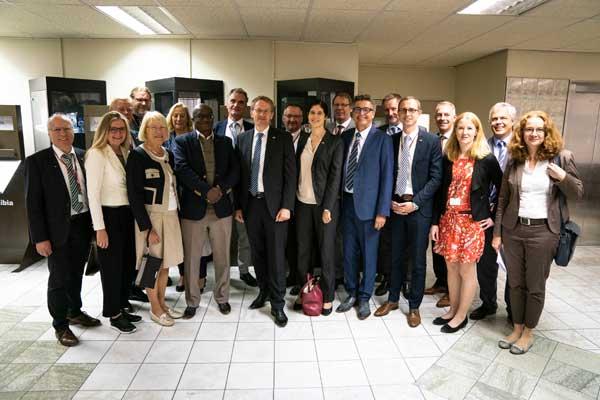 Bundesratspräsident unterstützt Hochschule Flensburg in Namibia