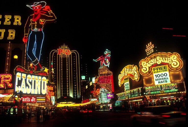 Online Casino: Wird bald nur noch im Internet gespielt?