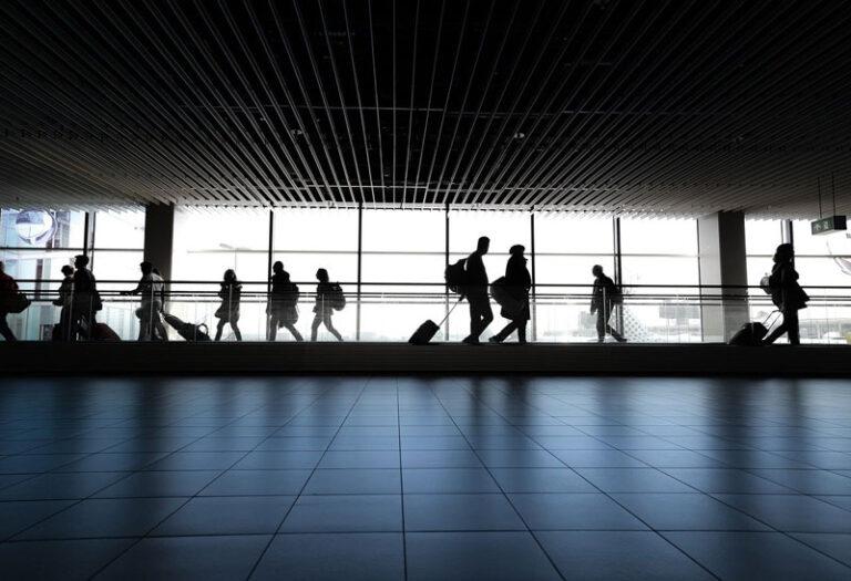 Flensburg: Bei Reiserückkehr auch an die Anderen denken – Empfehlung der Gesundheitsdienste